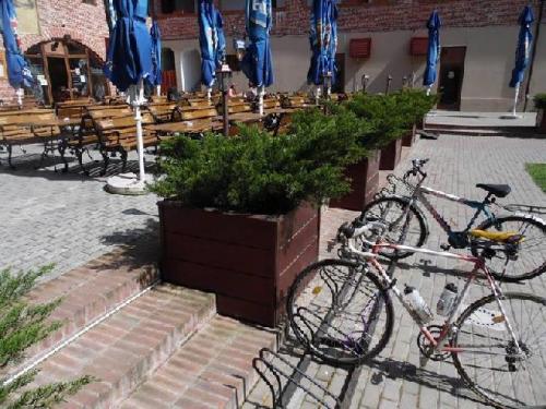 Curtea Berarilor stand pentru biciclete