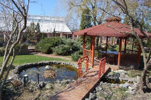 restaurant Garden Senator Timisoara in gradina