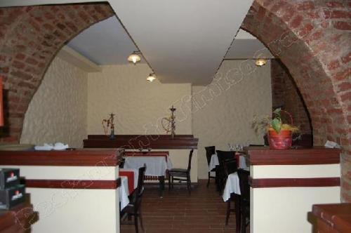 restaurant boema sala cu bolta